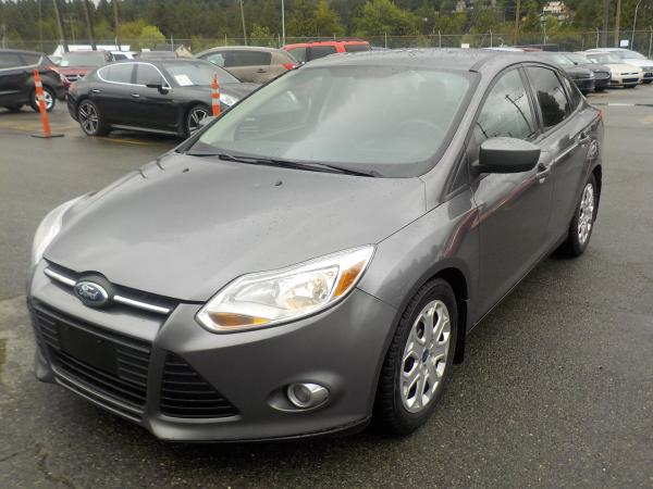 repocom  ford focus se sedan manual