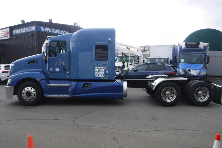 Repo com | 2015 Kenworth T660 Highway Tractor with Sleeper