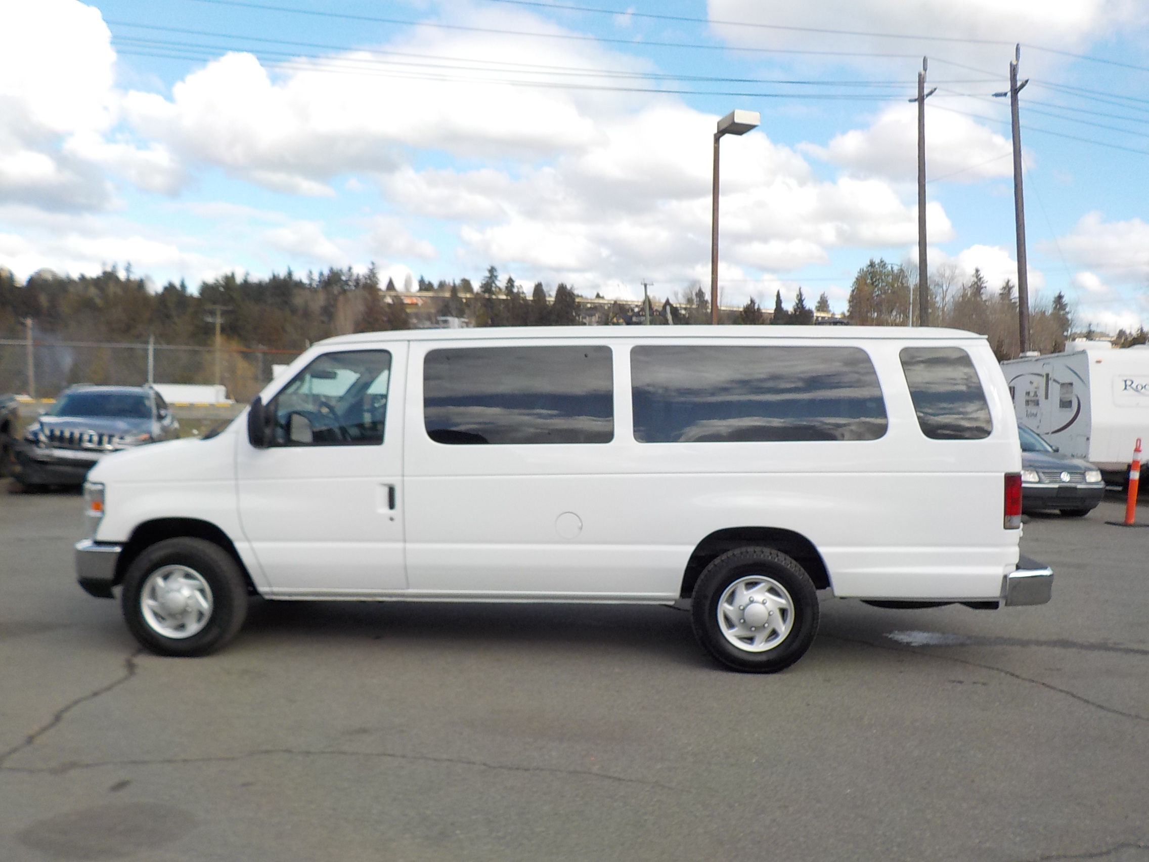 2008 ford econoline e 350 extended 15 passenger van vancouver autos for sal. Cars Review. Best American Auto & Cars Review