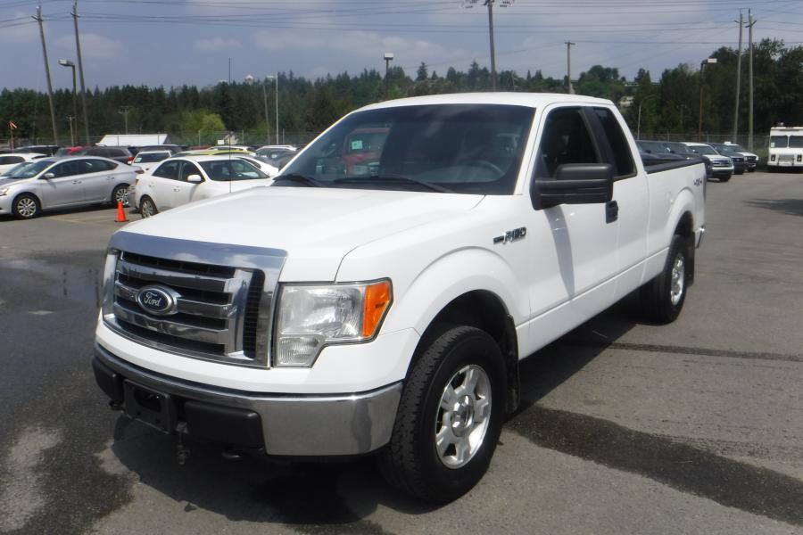 Repo com   2010 Ford F-150 XLT SuperCab 6 5-ft  Bed 4WD